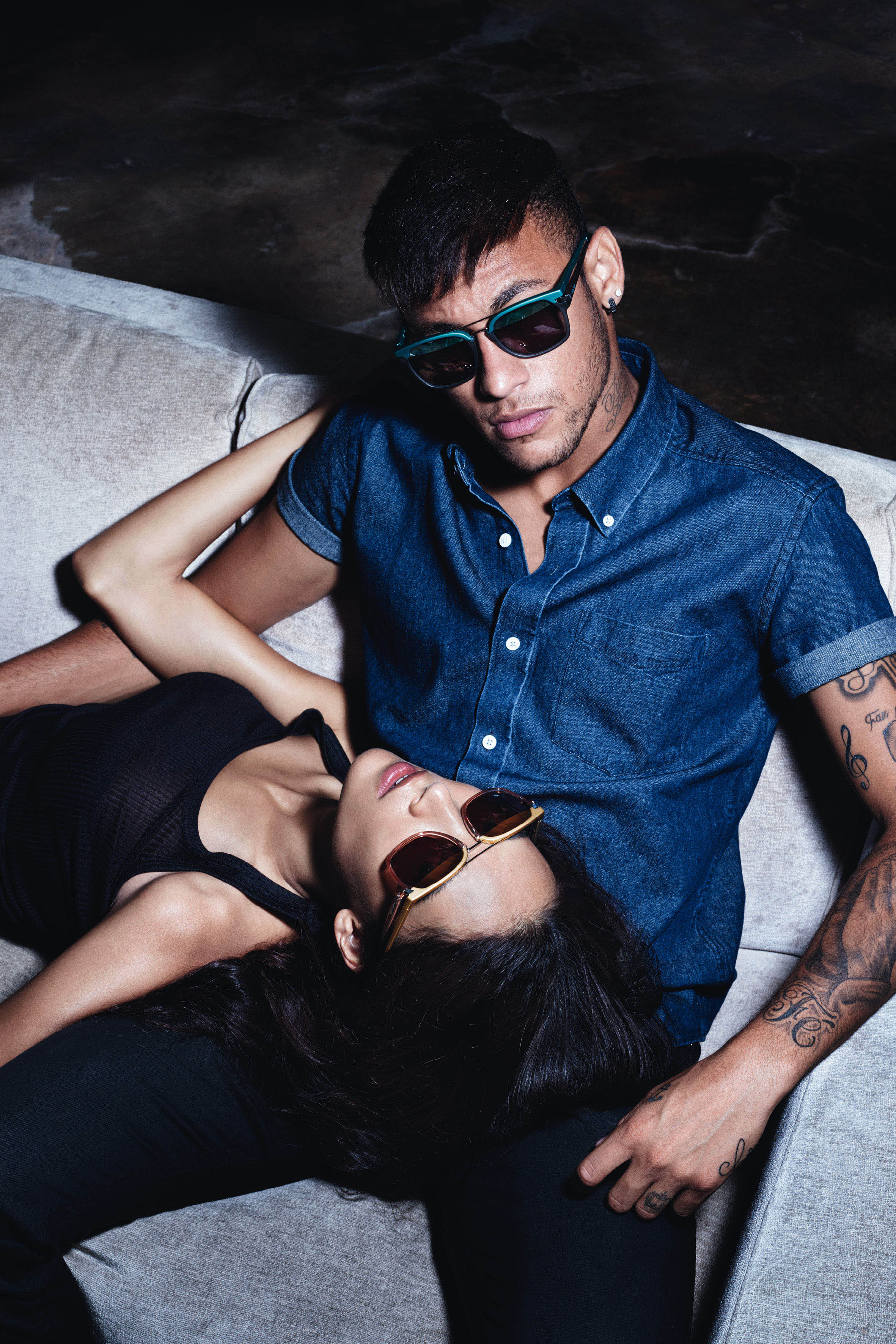 police launch 2015 eyewear campaign featuring global brand. Black Bedroom Furniture Sets. Home Design Ideas