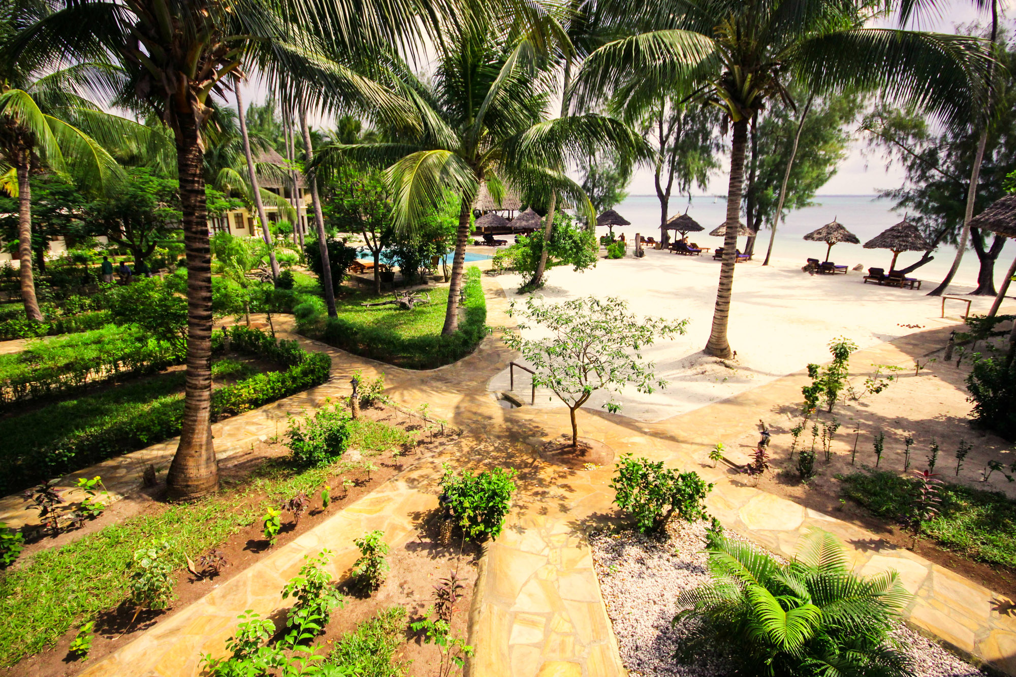 Wildfitness-Zanzibar-private-gardens