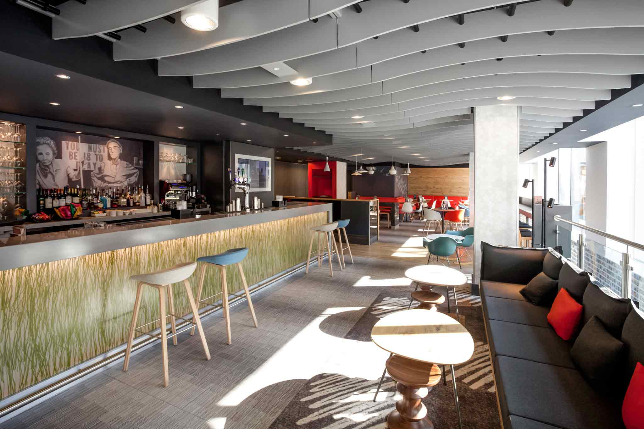 Ibis brighton hotel a stylish addition to the city for Stylish hotel