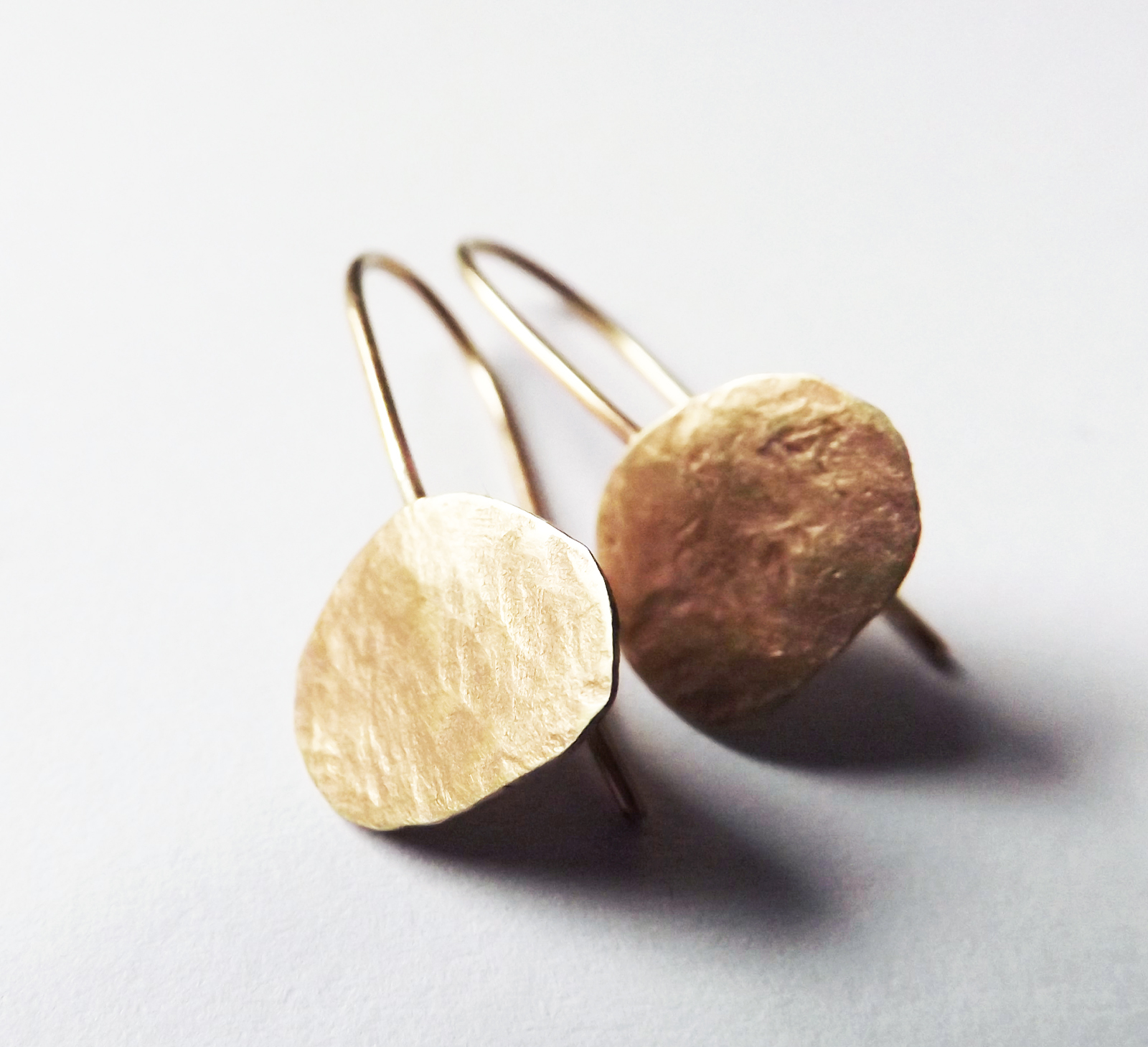 9ct-ecogold-pebble-earrings