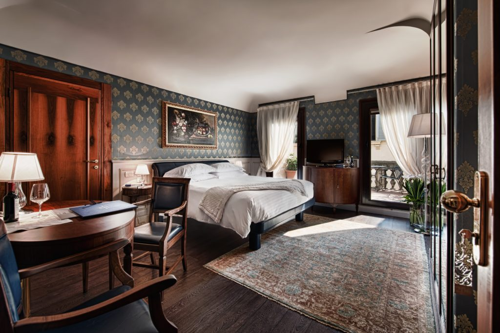 Grand Terrace bedroom at Palazzo Victoria