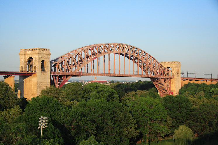 New York Hell Gate Bridge
