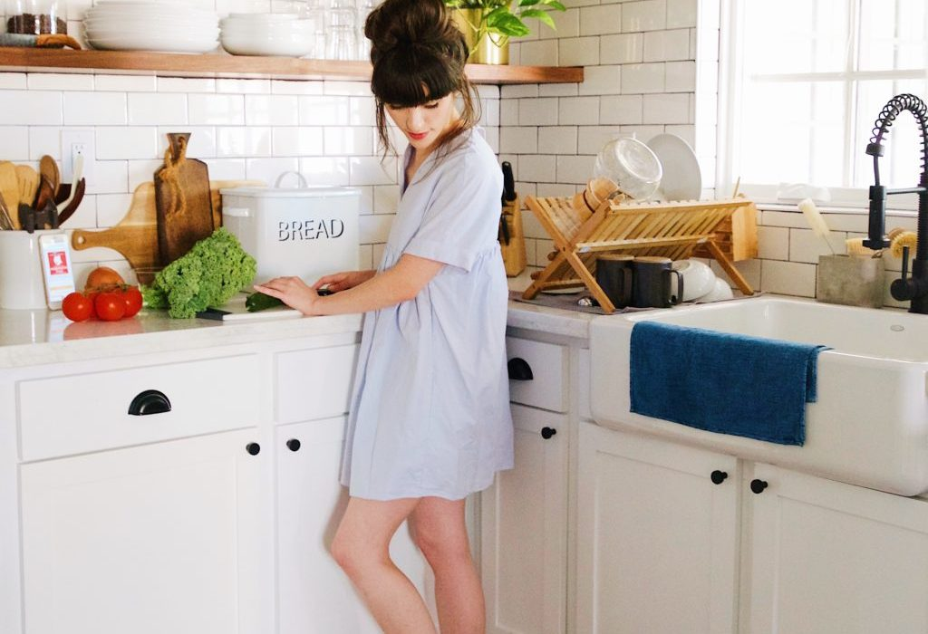 What Shoes Should You Wear In The Kitchen House Of Coco